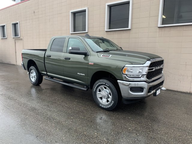 2020 Ram 2500 Crew Cab 4x4, Pickup #R121335 - photo 3
