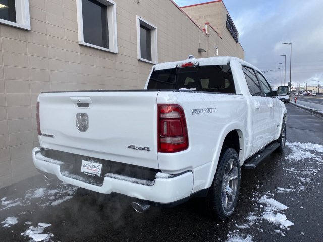 2020 Ram 1500 Crew Cab 4x4, Pickup #R270161 - photo 3