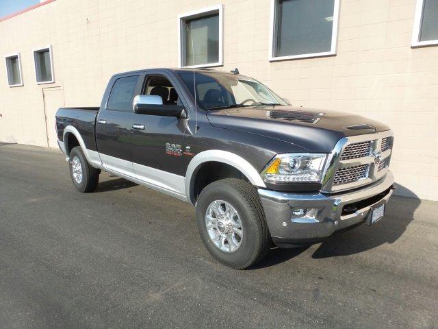 2018 Ram 2500 Crew Cab 4x4,  Pickup #R296940 - photo 3