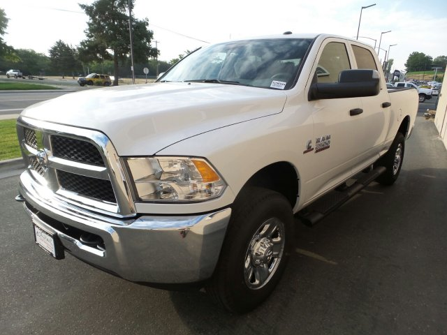 2018 Ram 2500 Crew Cab 4x4,  Pickup #R296944 - photo 9