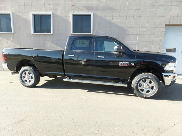2018 Ram 2500 Crew Cab 4x4,  Pickup #R400338 - photo 3