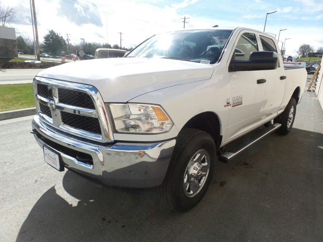 2018 Ram 3500 Crew Cab 4x4,  Pickup #R408390 - photo 7