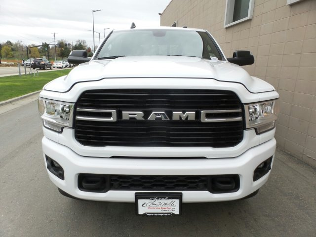 2019 Ram 3500 Crew Cab 4x4, Pickup #R526302 - photo 7