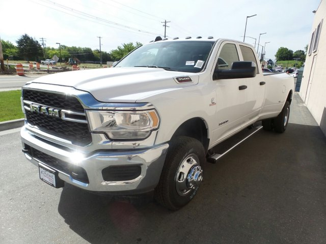 2019 Ram 3500 Crew Cab DRW 4x4,  Pickup #R533600 - photo 7