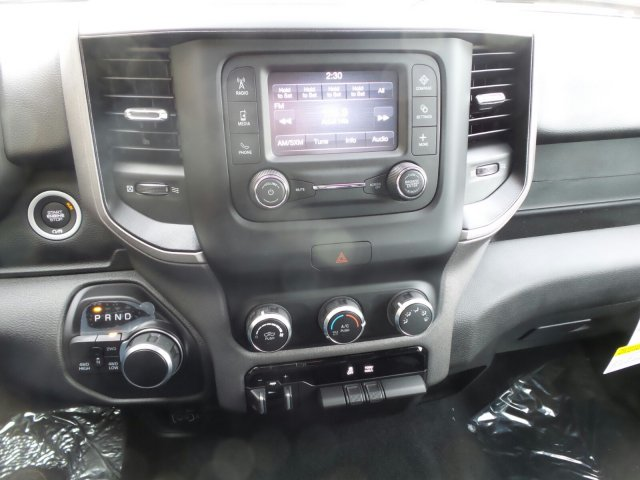 2019 Ram 1500 Crew Cab 4x4,  Pickup #R554181 - photo 17
