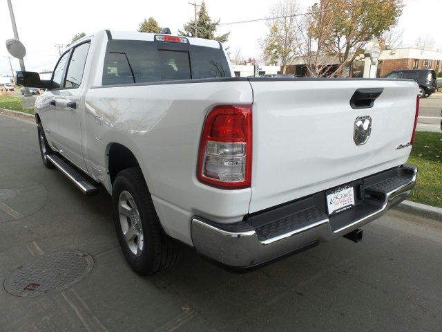 2019 Ram 1500 Crew Cab 4x4,  Pickup #R554181 - photo 5