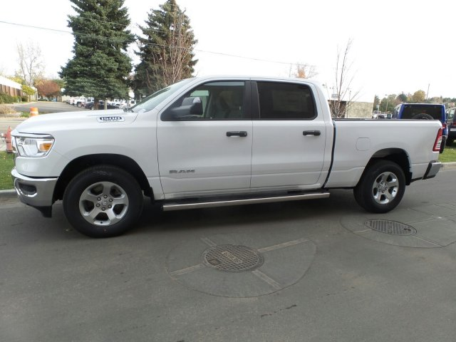 2019 Ram 1500 Crew Cab 4x4,  Pickup #R554181 - photo 6