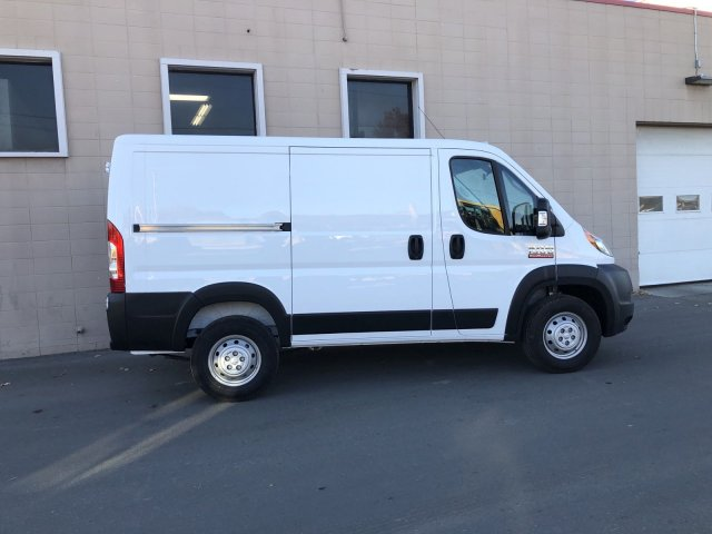 2019 ProMaster 1500 Standard Roof FWD, Empty Cargo Van #R562566 - photo 3