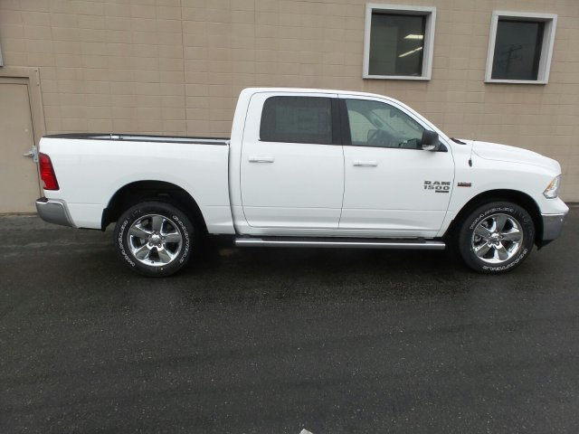 2019 Ram 1500 Crew Cab 4x4,  Pickup #R571107 - photo 3