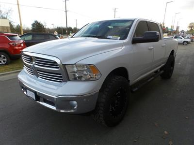 2019 Ram 1500 Crew Cab 4x4,  Pickup #R577178 - photo 6