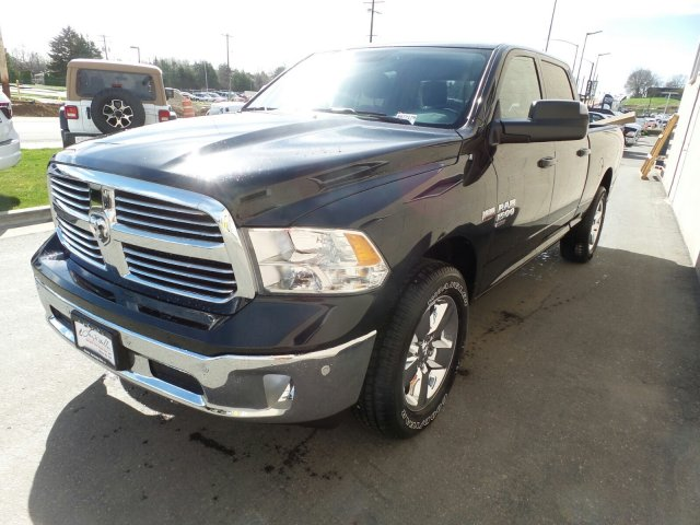 2019 Ram 1500 Crew Cab 4x4,  Pickup #R577179 - photo 6