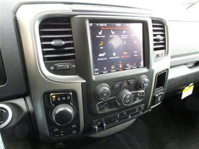 2019 Ram 1500 Crew Cab 4x4,  Pickup #R577186 - photo 17