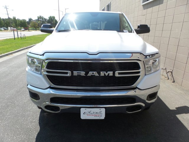 2019 Ram 1500 Crew Cab 4x4,  Pickup #R605288 - photo 8