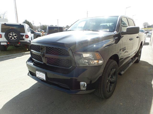 2019 Ram 1500 Crew Cab 4x4,  Pickup #R606804 - photo 6