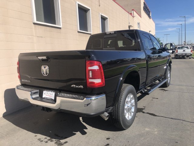 2019 Ram 2500 Crew Cab 4x4, Pickup #R609080 - photo 3