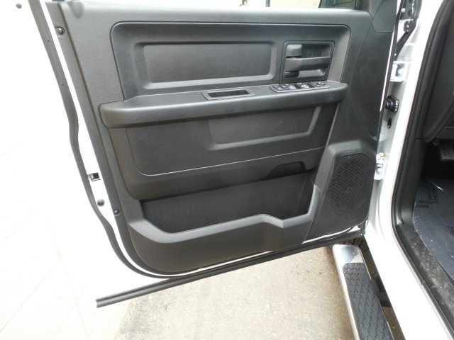 2019 Ram 1500 Quad Cab 4x4,  Pickup #R615698 - photo 10