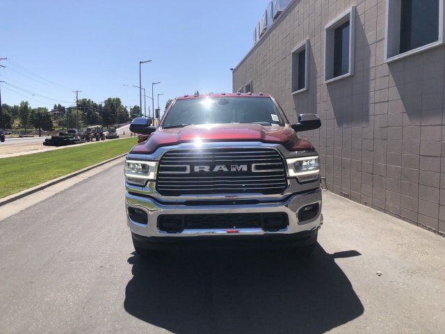 2019 Ram 3500 Crew Cab DRW 4x4, Pickup #R638829 - photo 7