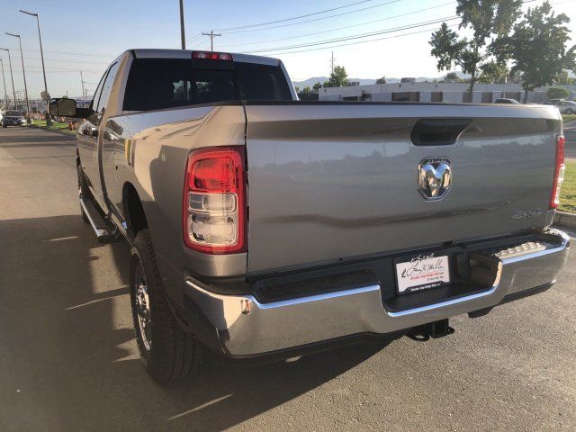 2019 Ram 2500 Crew Cab 4x4,  Pickup #R640186 - photo 5