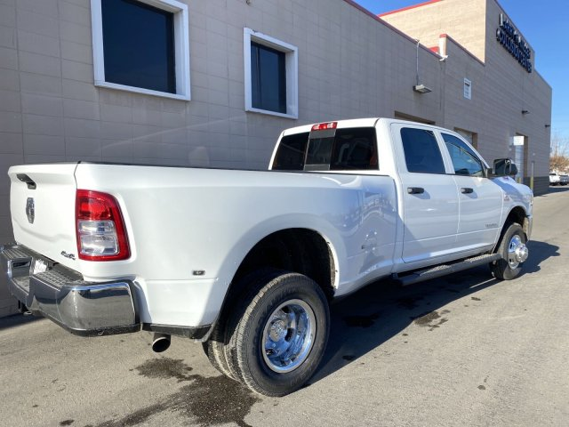 2019 Ram 3500 Crew Cab DRW 4x4, Pickup #R700753 - photo 2