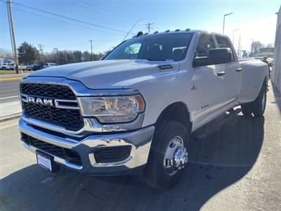 2019 Ram 3500 Crew Cab DRW 4x4, Pickup #R700753 - photo 8