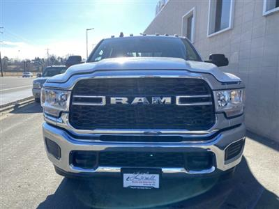 2019 Ram 3500 Crew Cab DRW 4x4, Pickup #R700753 - photo 9