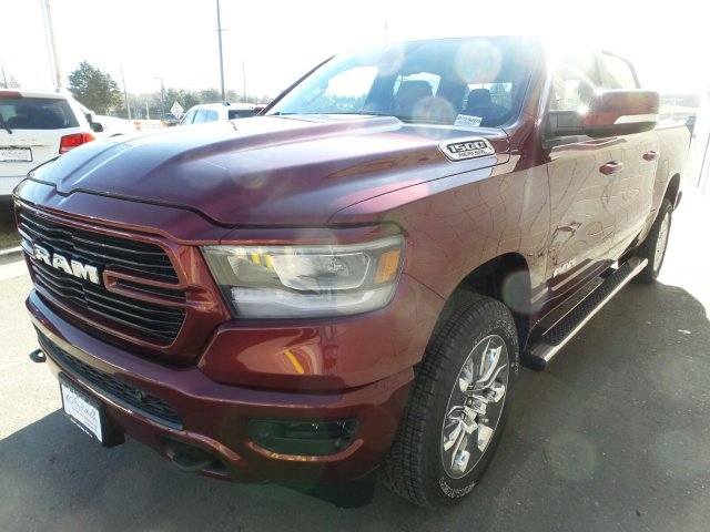 2019 Ram 1500 Crew Cab 4x4,  Pickup #R719269 - photo 7