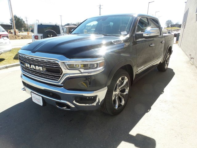 2019 Ram 1500 Crew Cab 4x4,  Pickup #R765507 - photo 7