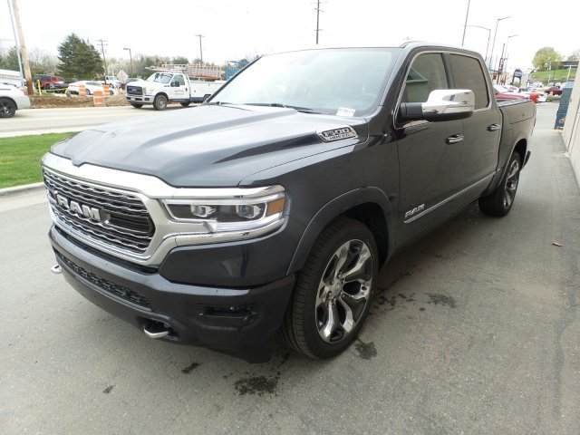 2019 Ram 1500 Crew Cab 4x4,  Pickup #R786376 - photo 8