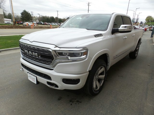 2019 Ram 1500 Crew Cab 4x4,  Pickup #R793787 - photo 7