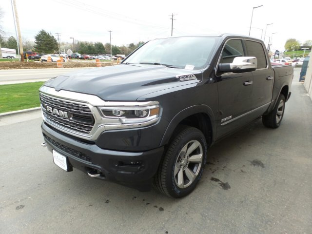 2019 Ram 1500 Crew Cab 4x4,  Pickup #R793866 - photo 8