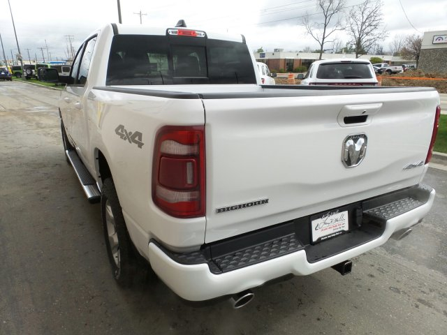 2019 Ram 1500 Crew Cab 4x4,  Pickup #R814424 - photo 4