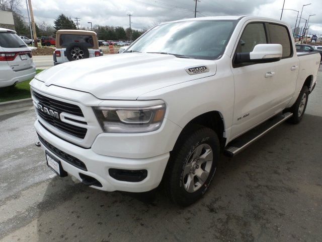 2019 Ram 1500 Crew Cab 4x4,  Pickup #R814424 - photo 7