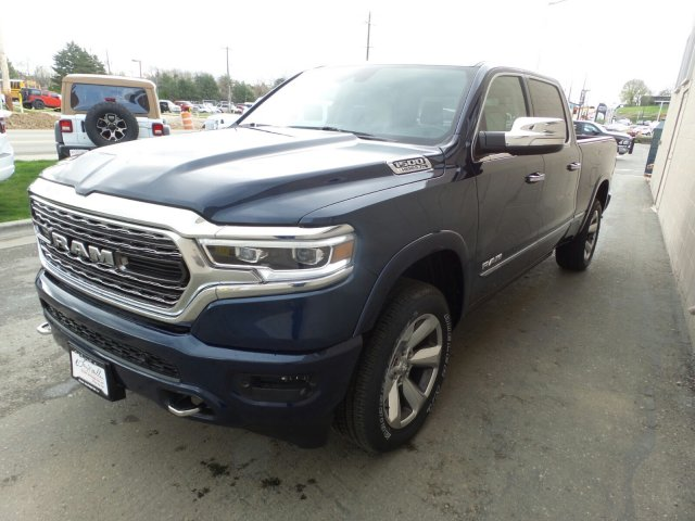 2019 Ram 1500 Crew Cab 4x4,  Pickup #R816390 - photo 7
