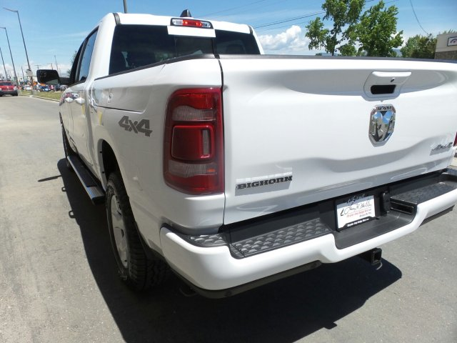 2019 Ram 1500 Crew Cab 4x4,  Pickup #R842765 - photo 3