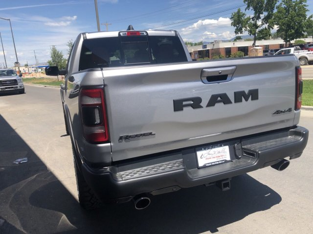 2019 Ram 1500 Crew Cab 4x4,  Pickup #R912525 - photo 4