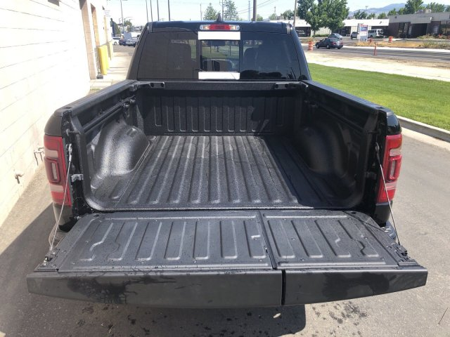 2019 Ram 1500 Crew Cab 4x4,  Pickup #R917000 - photo 8