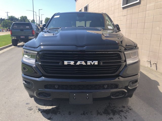 2019 Ram 1500 Crew Cab 4x4,  Pickup #R917000 - photo 10