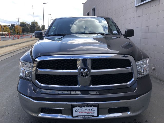 2019 Ram 1500 Crew Cab 4x4, Pickup #U513167 - photo 9