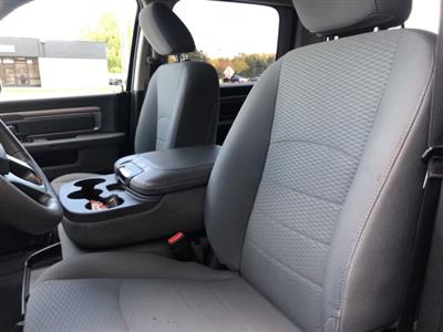 2019 Ram 1500 Crew Cab 4x4, Pickup #U513167 - photo 11