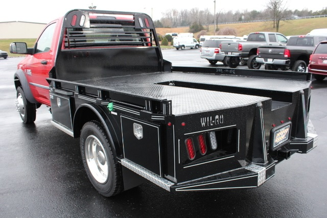 2018 Ram 5500 Regular Cab DRW 4x4,  Wil-Ro Hauler Body #174304 - photo 6