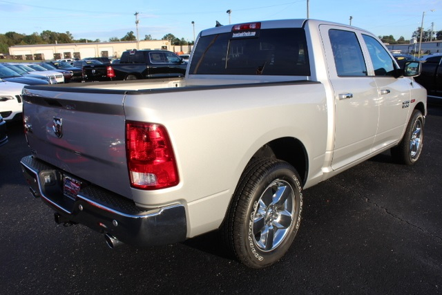 2018 Ram 1500 Crew Cab 4x2,  Pickup #354882 - photo 2
