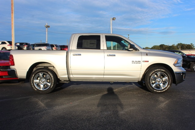 2018 Ram 1500 Crew Cab 4x2,  Pickup #354882 - photo 8