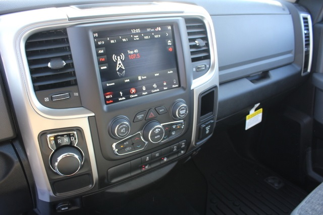 2018 Ram 1500 Crew Cab 4x2,  Pickup #355276 - photo 21