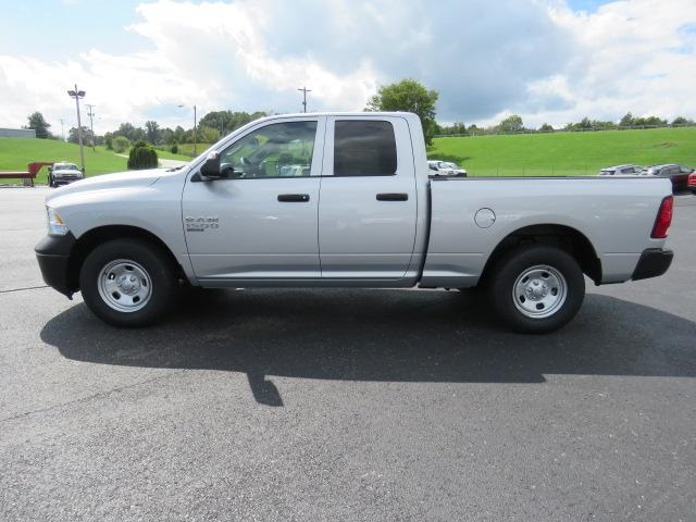2019 Ram 1500 Quad Cab 4x2,  Pickup #503368 - photo 5