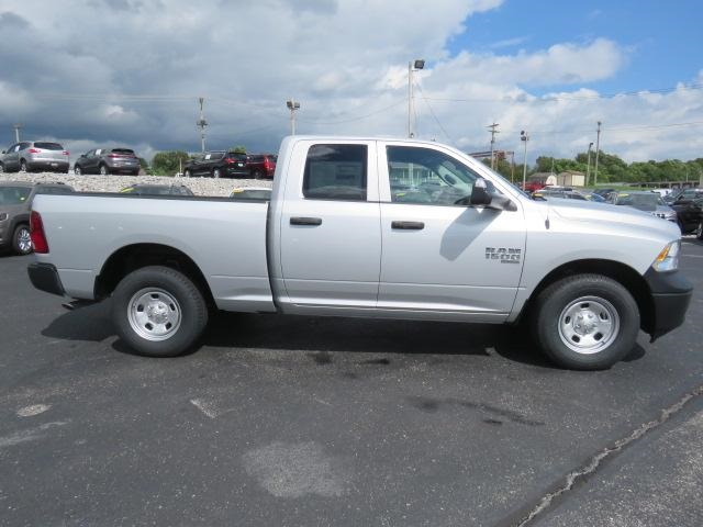 2019 Ram 1500 Quad Cab 4x2,  Pickup #503368 - photo 9