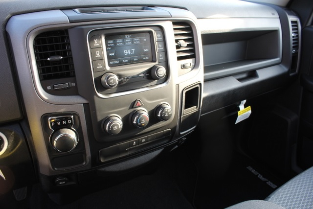 2019 Ram 1500 Crew Cab 4x2,  Pickup #514734 - photo 23