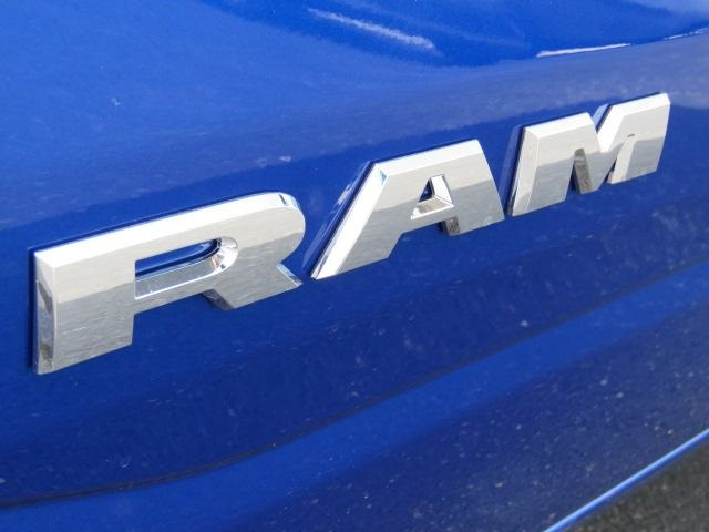 2019 Ram 1500 Crew Cab 4x4,  Pickup #626775 - photo 13