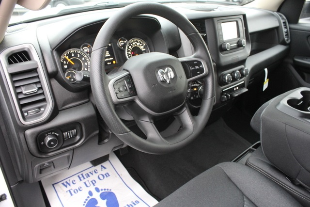 2019 Ram 1500 Crew Cab 4x4,  Pickup #651270 - photo 18