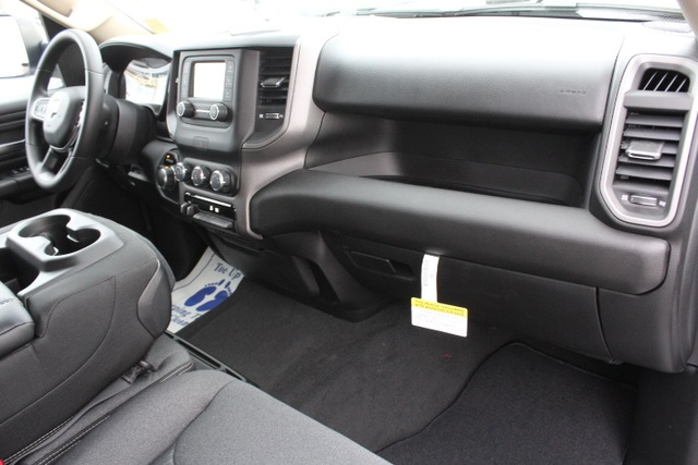 2019 Ram 1500 Crew Cab 4x4,  Pickup #651270 - photo 28