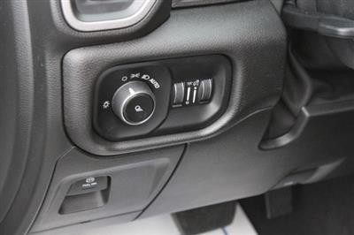 2019 Ram 1500 Crew Cab 4x4,  Pickup #651270 - photo 15